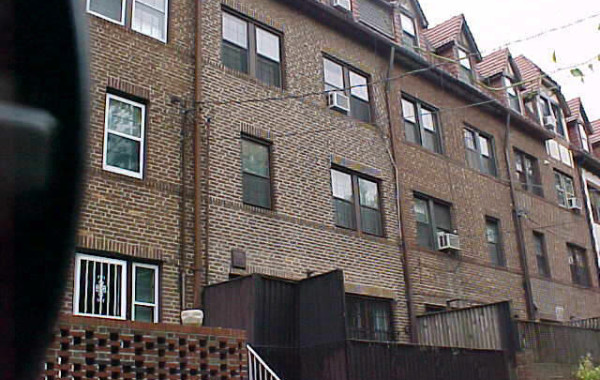 Multi Family – FOREST HILLS, NY